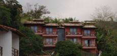 Chalés Mareilha, em Ilhabela, na Praia do Curral