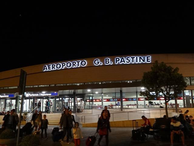 Aeroporto Giovan Battista Pastine, ou simplesmente Roma-Ciampino.