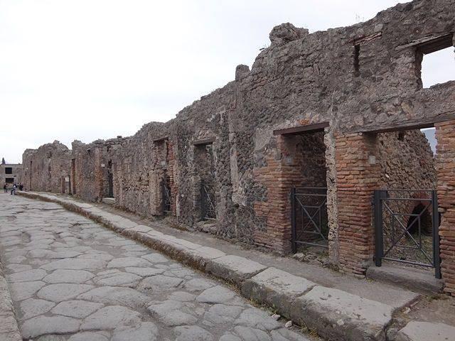 Pompeia: o calçamento encontrado é original da cidade