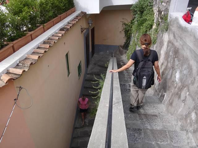 Escadarias para chegar ao centro de Positano.