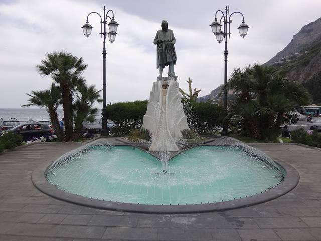 Fonte na cidade de Amalfi.