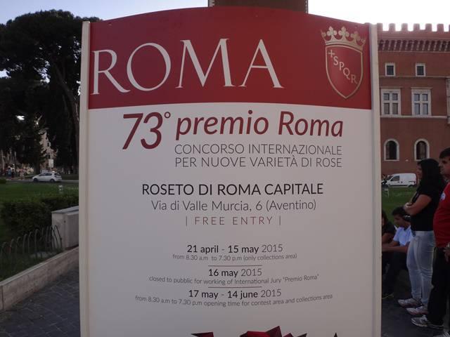 Concurso de variedades de rosas em Roma.