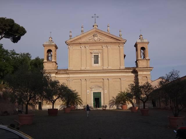 Basílica de Santa Anastasia, em Roma.