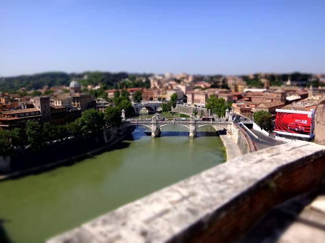 Rio Tibre visto do terraço do Castelo Sant'Angelo.