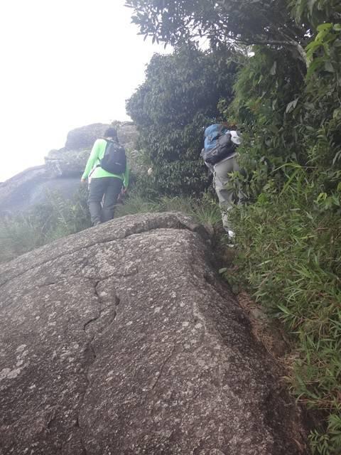 Trilha na Serra do Lopo