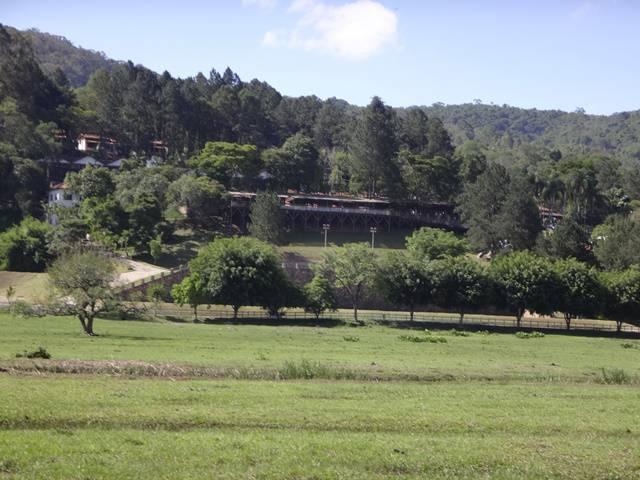 Hotel Atibainha - Passeio de trenzinho.