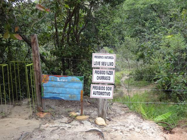 Local de estacionamento da Cachoeira Maria Augusta.