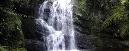 Trilha da Cachoeira das Fadas